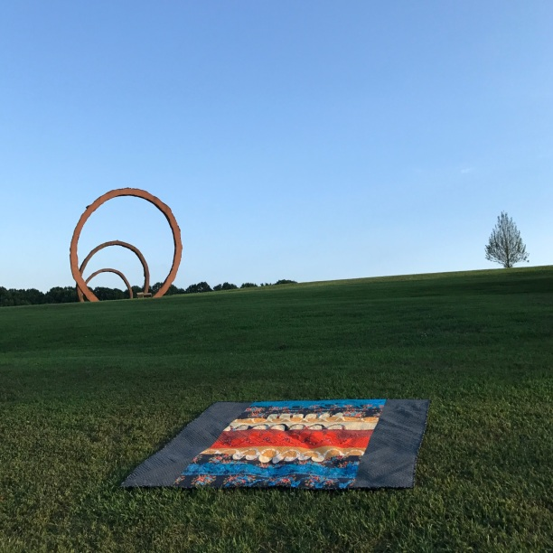 catenary quilt, by blustitch